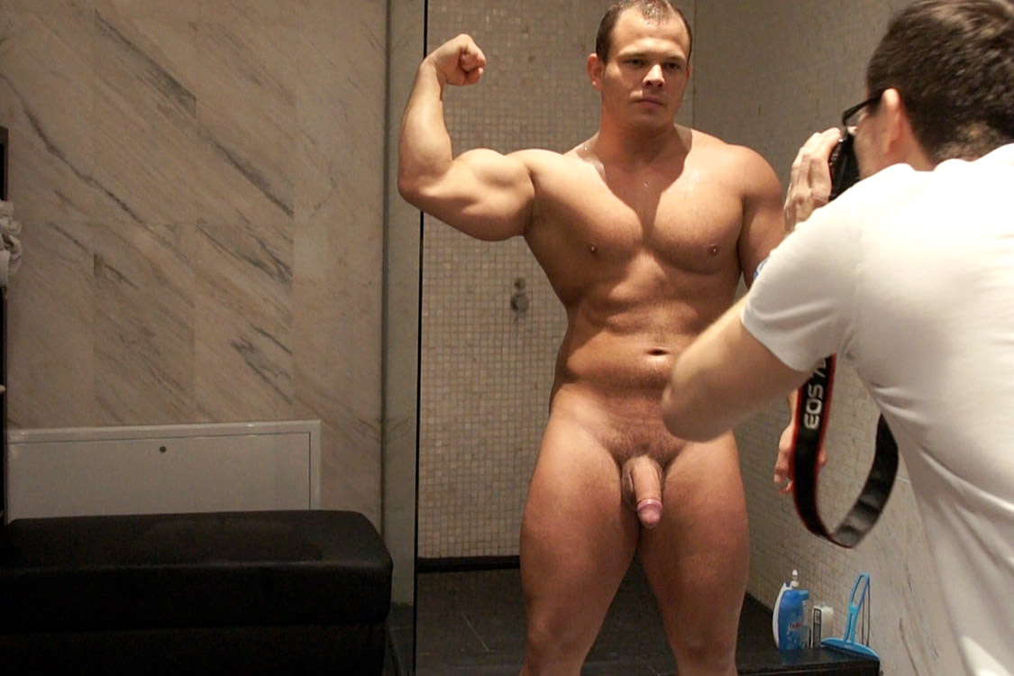 Bentley-Race-Dennis-Conerman-Muscle-Bear-Jerking-Off-Big-Uncut-Cock-Amateur-Gay-Porn-22 Amateur Hungarian Muscle Bear Jerks His Huge Uncut Cock
