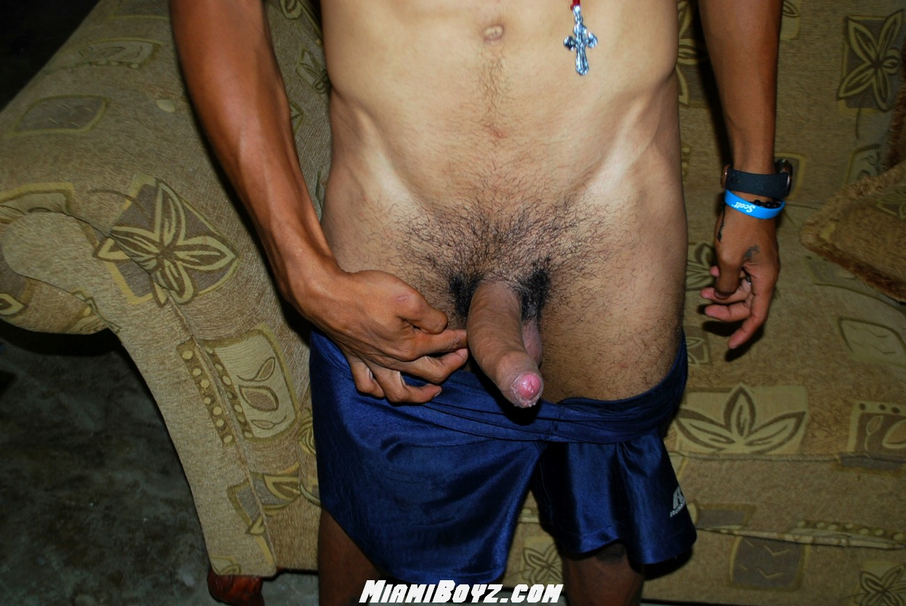 MiamiBoyz-PABLO-big-uncut-latino-straight-cock-jerking-off-Amateur-Gay-Porn-40 Amateur Straight Latino Teen From Miami Jerks His Huge Uncut Cock