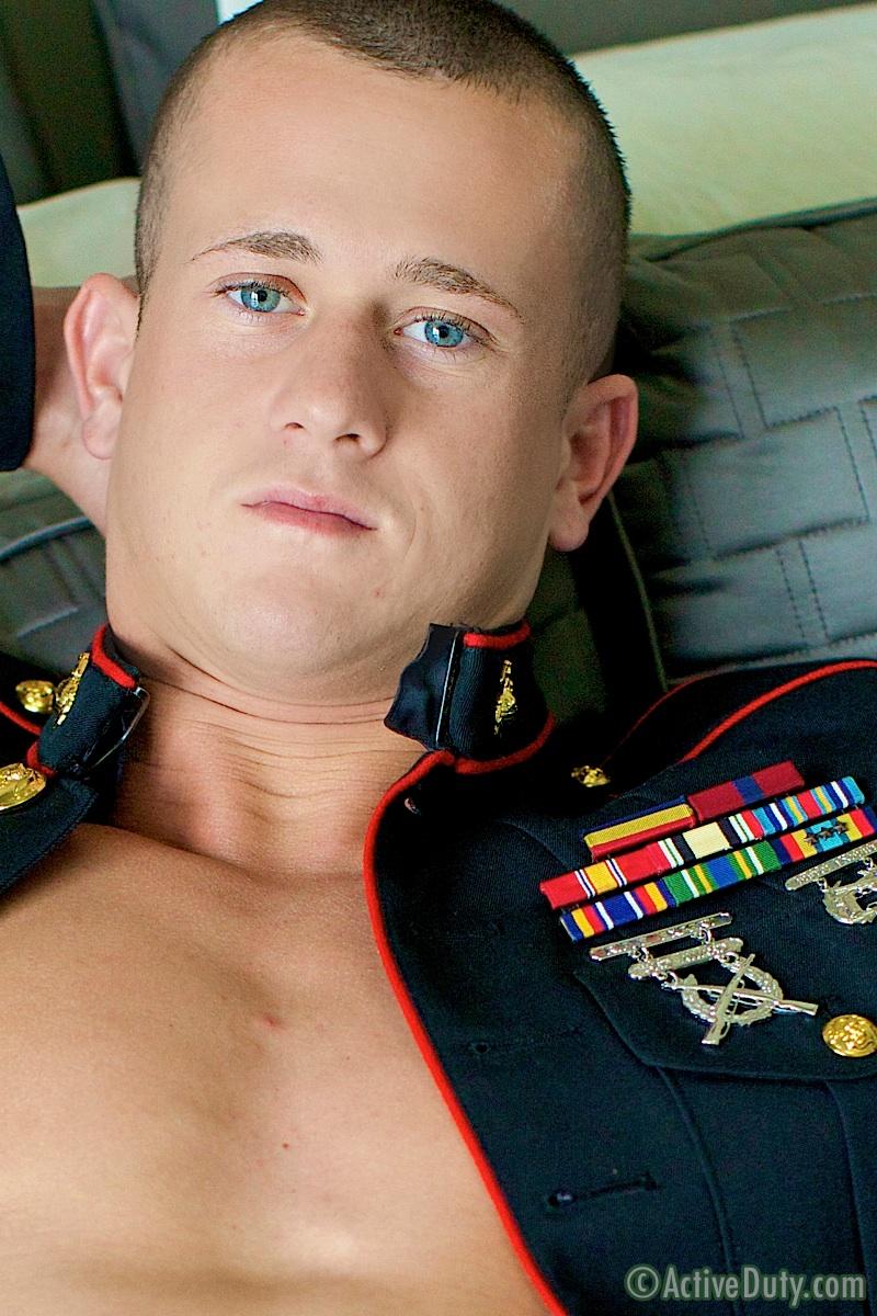 ActiveDuty-Jackson-Marine-With-Big-Cock-Masterbating-Amateur-Gay-Porn-01.jpg