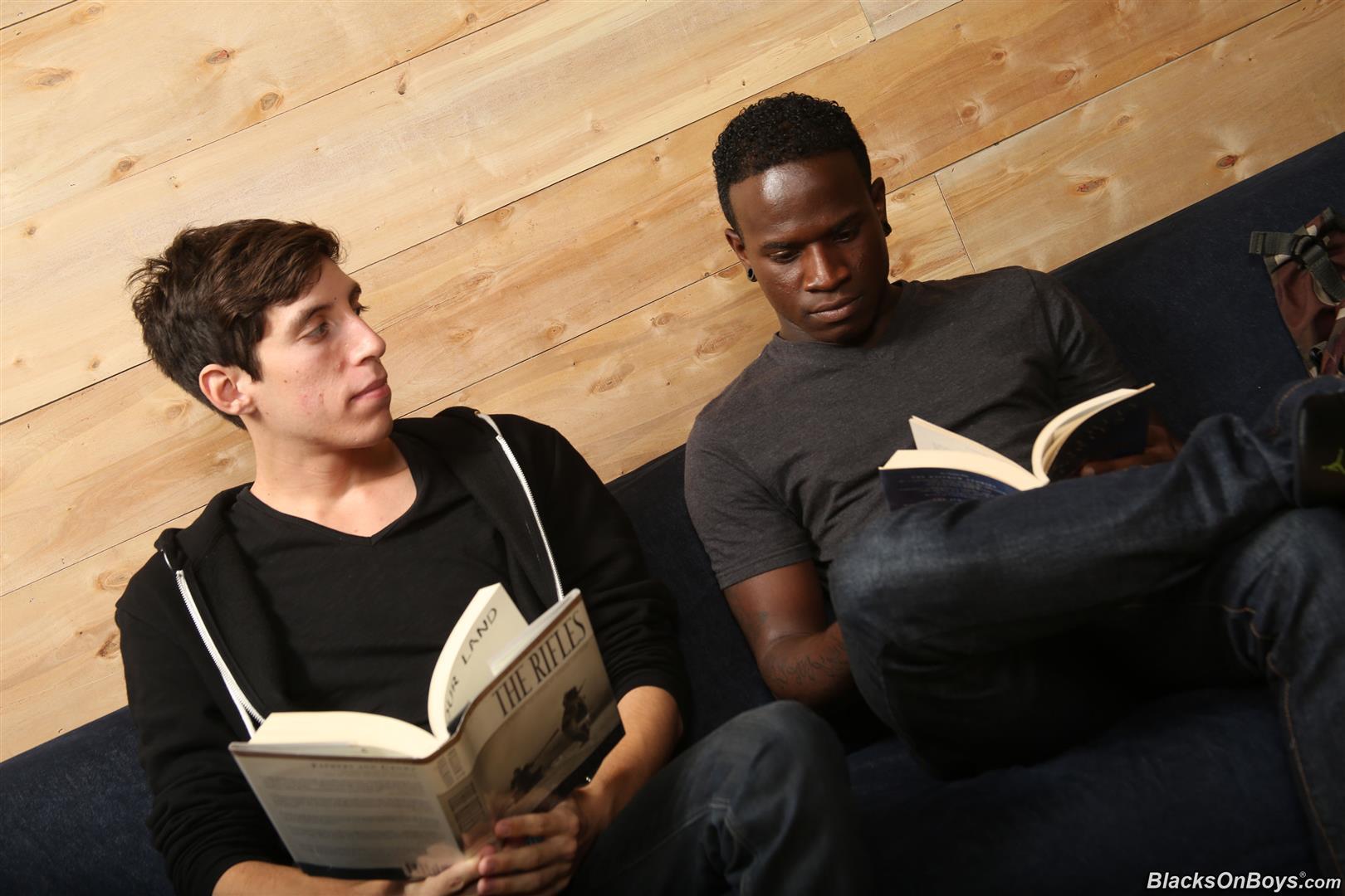 Blacks-On-Boys-Billy-Eastmore-and-Tyko-Interracial-Gay-Fucking-Amateur-Gay-Porn-01.jpg