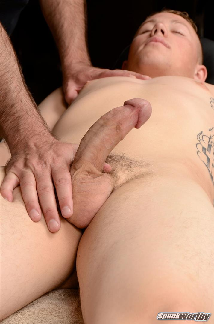 Spunk-Worthy-Sean-Straight-Marine-Getting-Massage-With-Happy-Ending-Amateur-Gay-Porn-08 Straight Marine Gets A Massage With Happy Ending From A Guy
