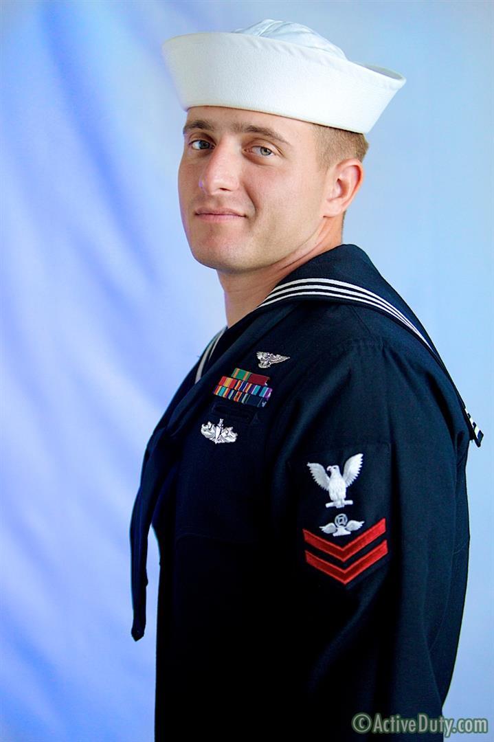 Active-Duty-Nash-Navy-Guy-With-Big-Cock-Jerking-Off-Amateur-Gay-Porn-01.jpg