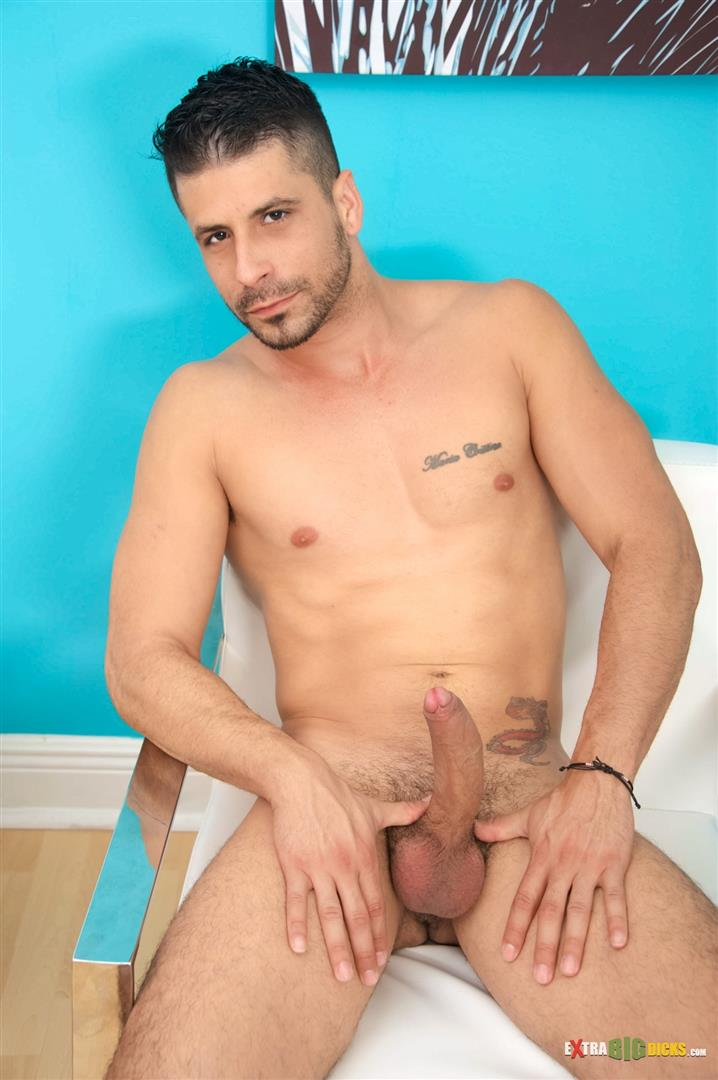 Extra-Big-Dicks-Ray-Han-Cuban-With-Big-Uncut-Cock-Masturbation-Amateur-Gay-Porn-12 Sexy Muscular Cuban Ray Han Jerks His Big Uncut Cock