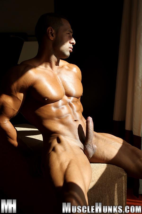 MuscleHunks-Cosmo-Babu-Naked-Bodybuilder-Stroking-A-Huge-Cock-Amateur-Gay-Porn-12 Huge Professional Bodybuilder Shows And Strokes His Huge Cock