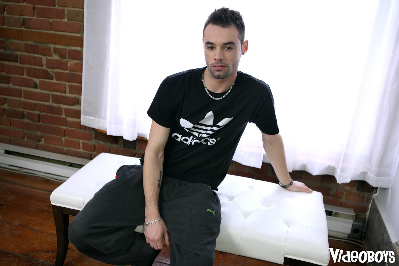 VideoBoyz-Marco-Gagnon-Huge-Uncut-Cock-In-A-Fleshlight-Amateur-Gay-Porn-01.jpg