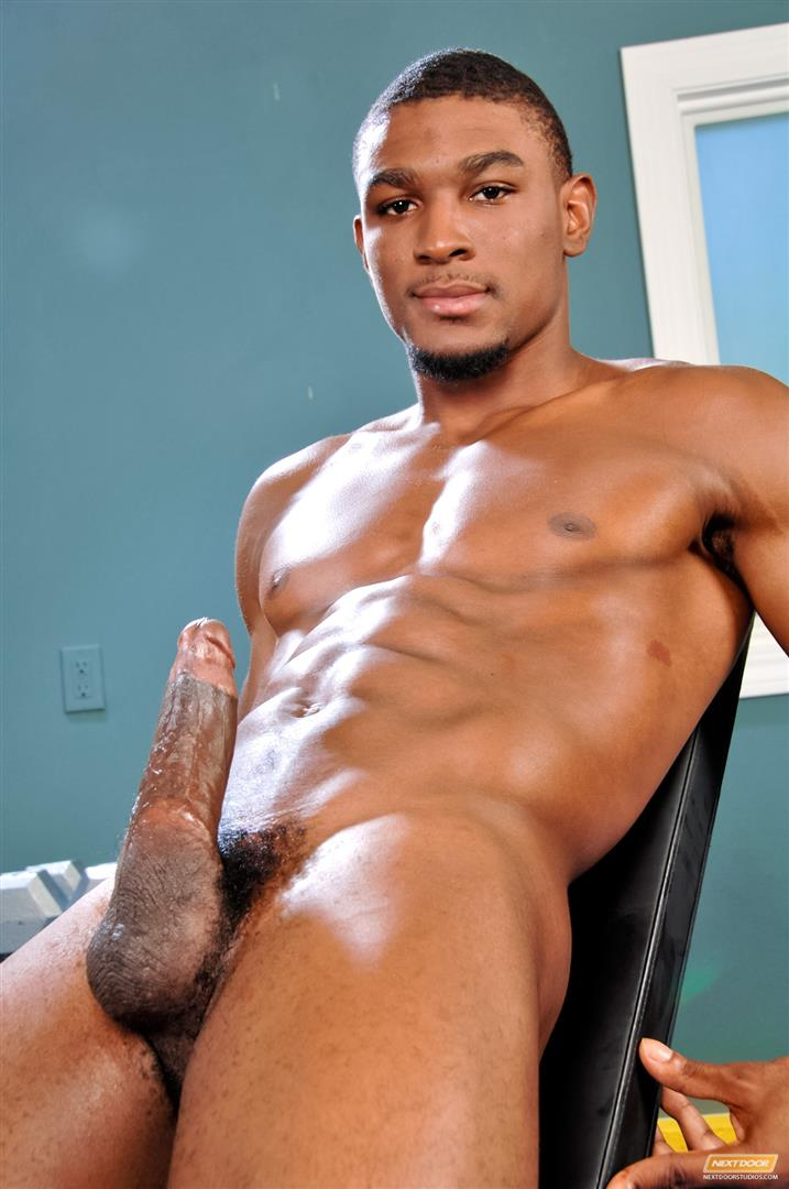 48423_11 Amateur Hung Black Guy Jerking His Big Black Cock At The Gym