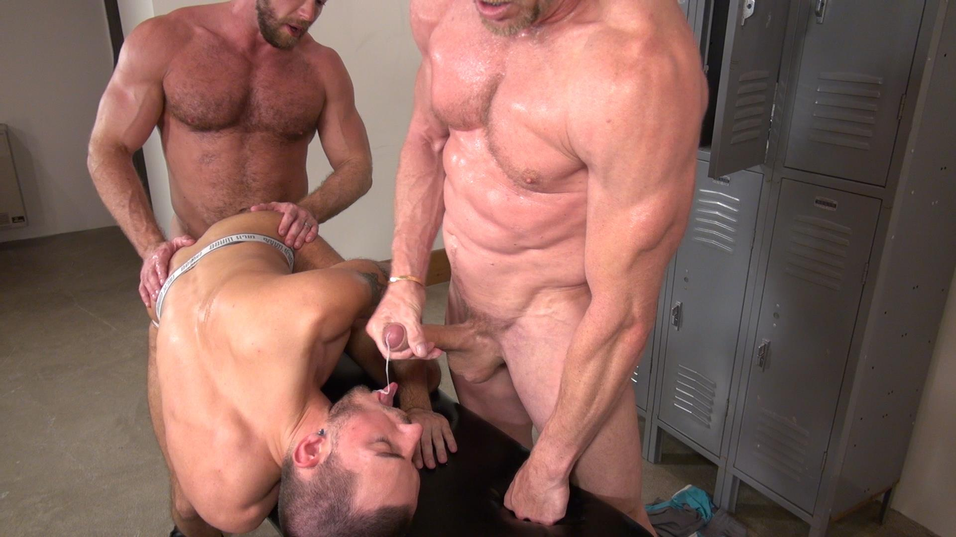 gay hard cock public show off xvideo