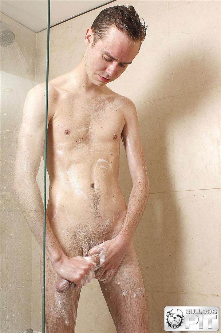 Bulldog-Pit-Steven-Prior-Twink-Jerking-Off-His-Big-Uncut-Cock-In-The-Shower-Amateur-Gay-Porn-01.jpg