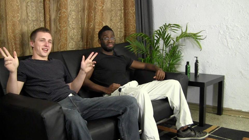 Straight-Fraternity-Warren-and-Tyler-Straight-White-Gets-Fucked-By-A-Big-Black-Cock-Amateur-Gay-Porn-01.jpg