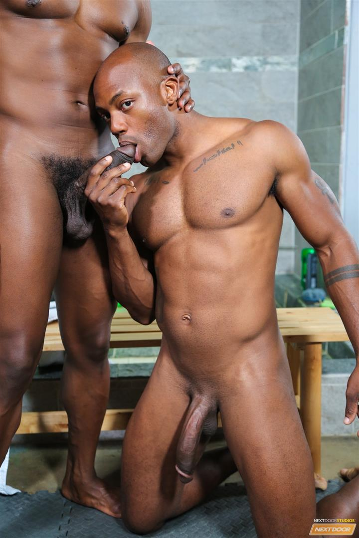 Next-Door-Ebony-Krave-Moore-and-Osiris-Blade-Big-Black-Cocks-Dicks-Fucking-Amateur-Gay-Porn-07 Muscular Black Guys Take Turns Fucking Each Other In The Locker Room