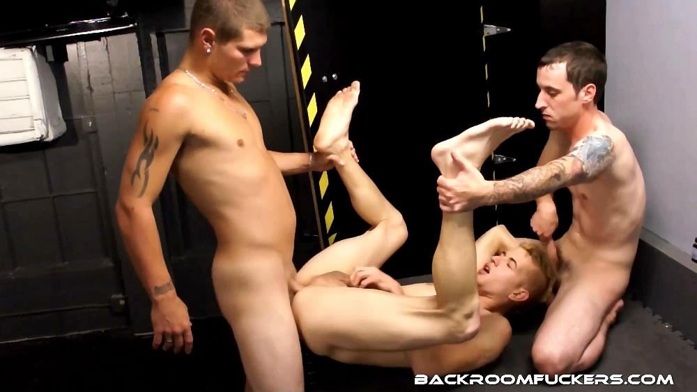 Backroom-Fuckers-Mario-Romo-Bareback-Bathhouse-Sex-Amateur-Gay-Porn-06 Mario Romo Eats Two Anonymous Loads At The Bathhouse