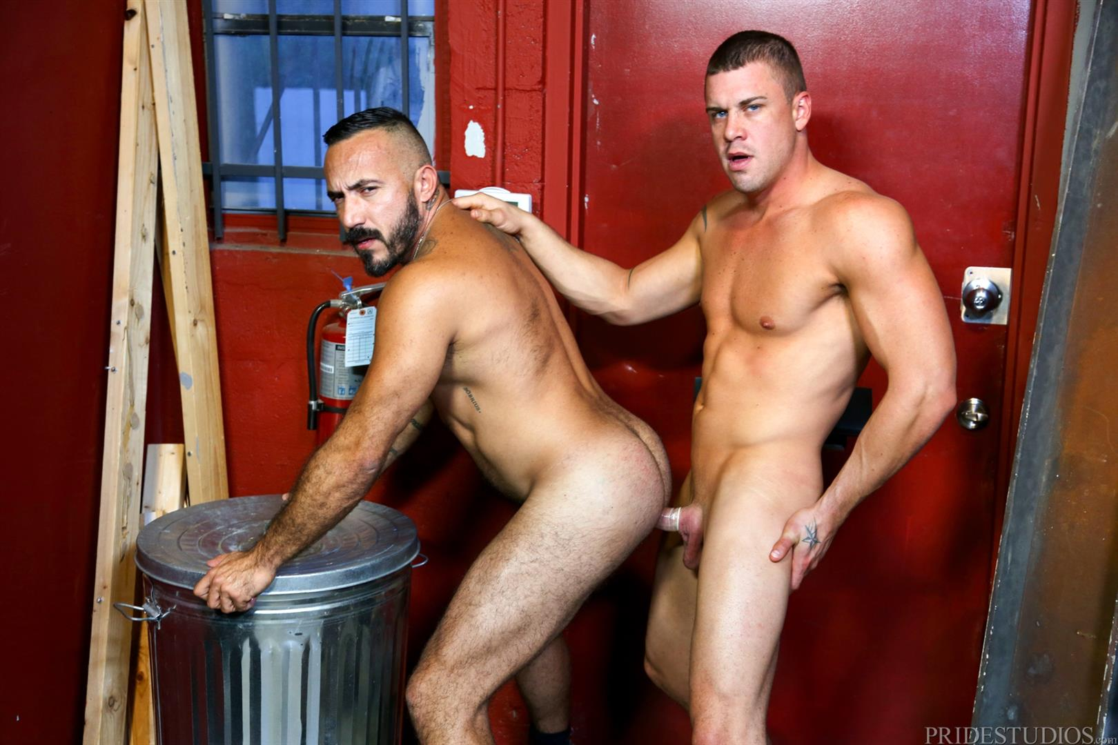 Men-Over-30-Darin-Silvers-and-Alessio-Romero-Hitchhiker-Fucking-Hairy-Ass-Amateur-Gay-Porn-12 Alessio Romero Picks Up A Hitchhiker And Gets Fucked In The Ass