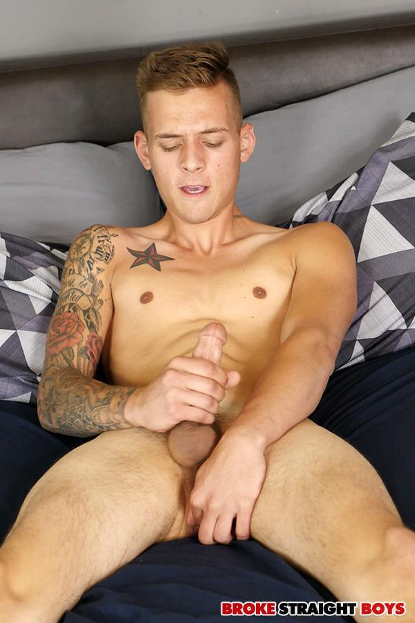 Broke-Straight-Boys-Ashton-Taylor-Solo-Jerk-Off-Video-Masturbation-28 New Broke Straight Boy Ashton Taylor In His First Ever Solo Video