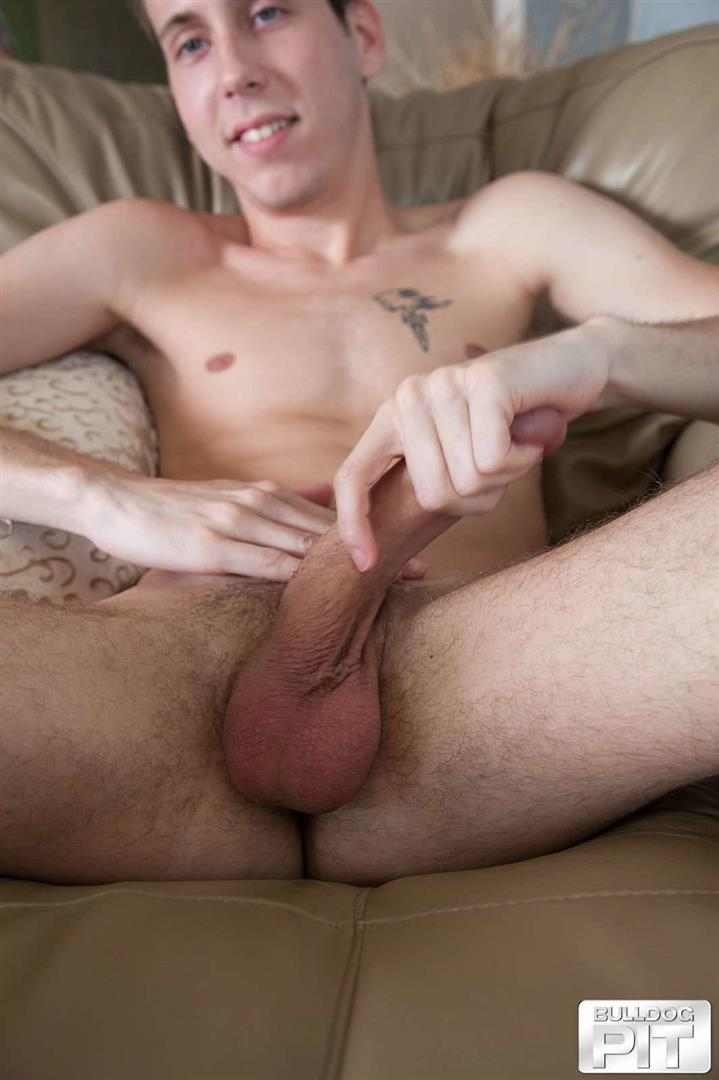 Bulldog-Pit-Leon-Strife-Twink-With-A-Big-Dick-Masturbation-Video-35 Twink Auditioning For Gay Porn Wants To Find A Dominant Daddy